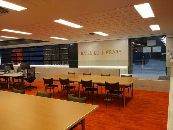 Baillieu Extended Zone Desk Photo